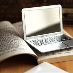Brand new in box Mac Air laptop compact mirror
